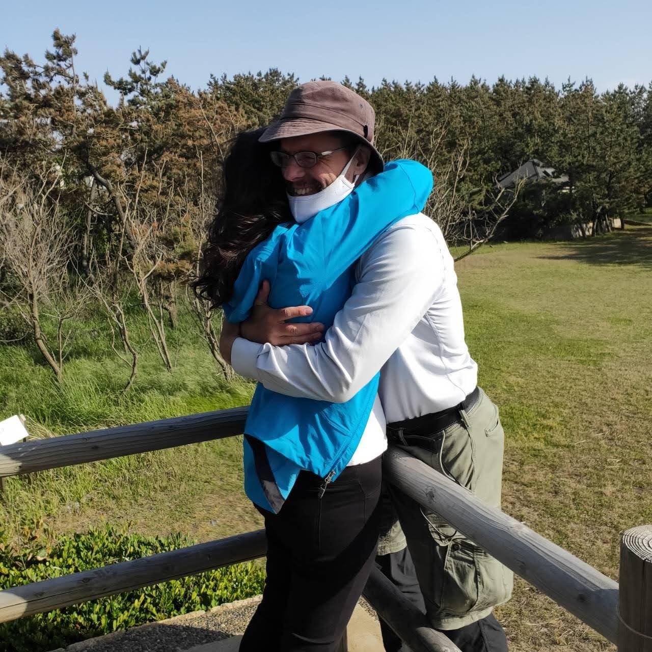 2021 may 09 lin hugs rob